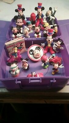 Vintage Mickey Mouse night light 1970 a lot of Mickey Mouse figures