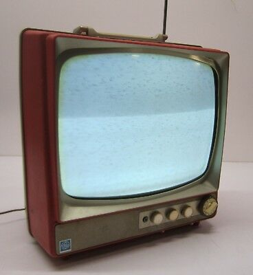 """Vtg General Electric GE c1960s Portable 15"""" Television TV Model M500XRD As Is"""