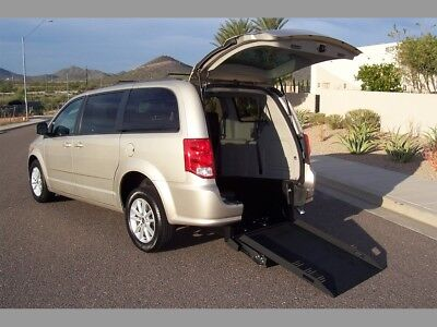 2014 Dodge Grand Caravan SXT 30th Anniversary Wheelchair Handicap Mobility 2014 Dodge Grand Caravan SXT Wheelchair Handicap Mobility Van Best Buy