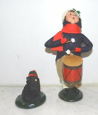"""Byers Choice Set 2 """"the Carolers"""" 1988 The  Drummer Boy & Dog Singing"""