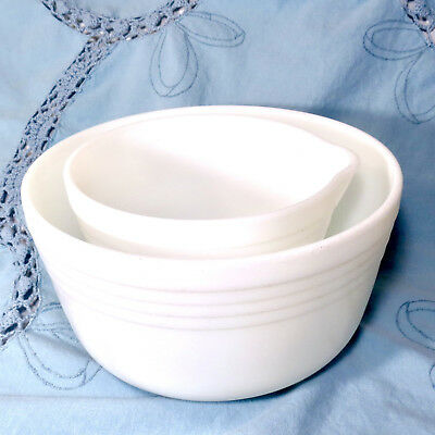 Opal White Pyrex Hamilton Beach Set Small With Spout and Large Mixing Bowl Heavy