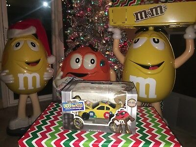 M&M's Under The Hood RACE CAR Candy Dispenser  Yellow Limited Edition New In Box
