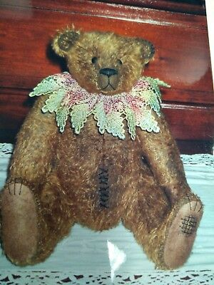 Lucille bear pattern by Lauralla Bears (32cm)