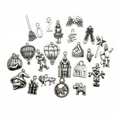 70 PCS The Wizard of Oz Charms Collection Castle Clowns Dorothy Scarecrow Lion