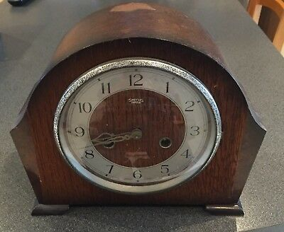 Vintage 1940's SMITHS ENFIELD STRIKING MANTLE CLOCK WITH CHIME (Spares/Repairs)