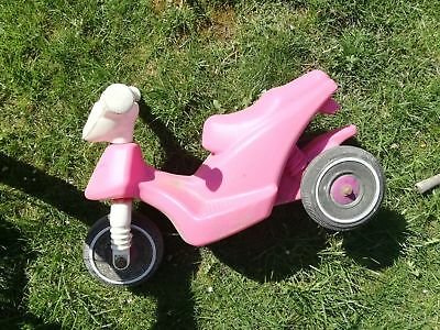 Hello Kitty MOPED rosa