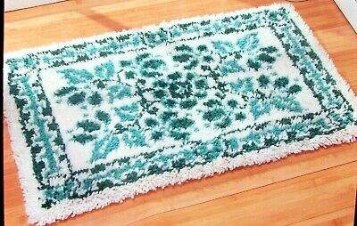 "Craftways  Latch Hook Rug  Kit ""Antique Green"""