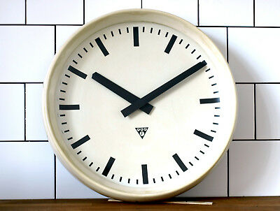 WHITE running Pragotron wall clock - Factory Hospital Medical original movement