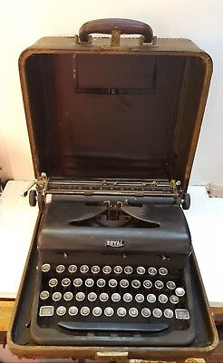 Vintage Antique ROYAL TYPEWRITER 1910 to 1950 age unknown made in USA NEW YORK