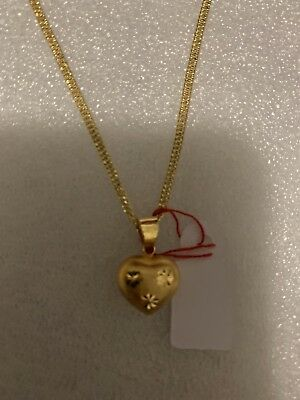 18k Saudi Gold Heart Necklace and Pendant.