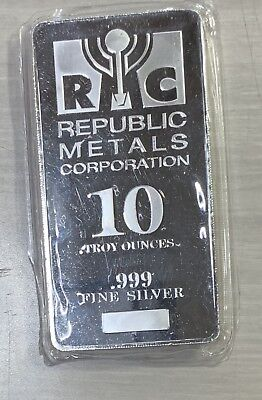 10 - OZ Silve Bar .999 Fine Silver, Republic Metals Corp.(RMC)
