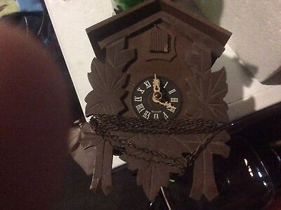 VINTAGE Carved Wood Black Forest Birds Cuckoo Clock West Germany All There