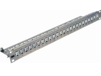 Corning Patchpanel 24 Ports 1HE 43018-801 26 Kupfer UU001622826 Patchpanel