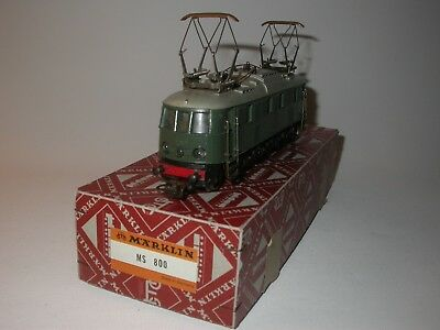 Märklin MS800 in very good condition.