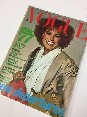 Classic Fashion * * Vintage Vogue 1977 January * * Retro collector's item