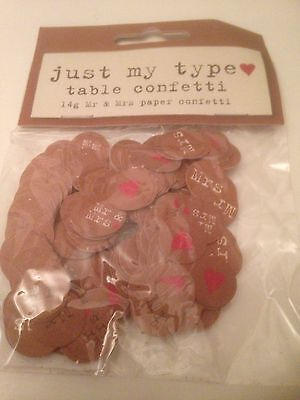 Mr & Mrs TABLE CONFETTI Wedding JUST MY TYPE Vintage Retro Red Heart 14g 1 Pack