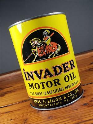 Vintage 1 QT. INVADER MOTOR OIL CAN PHILLY, PA EMPTY METAL NEW BOTTOM sign