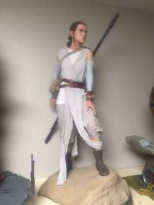 Star Wars Rey Premium Format Sideshow Episode VII : The Force Awakens