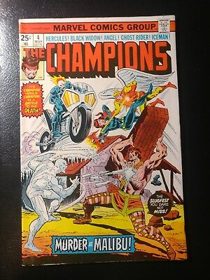 Champions #4🎅 White Pages / 1976