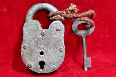 Vintage Collectible Old Iron Handcrafted Lock and Key Collectible BE-89