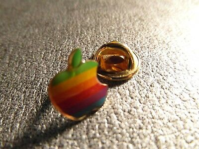 RARE PINS PIN'S - APPLE - ORDINATEUR - IBM - MACINTOCH - LOGO - INFO - Signé R
