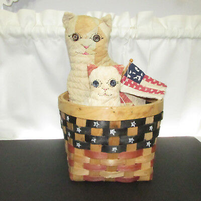 Patriotic Stuffed Cats In Basket With Flag Antique Quilt Used VGC