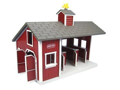 Breyer 1:32 Stablemates Model Horse Playset: Red Stable
