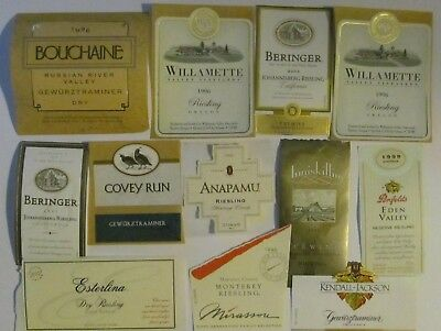 Riesling and gewurztraminer labels lot -32
