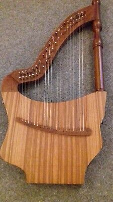 22 String Lute Harp (pre-owned) with padded bag and tuning key.