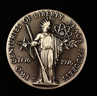 1776-1976 Two Centuries of Liberty Peace Progress Diamond Sterling Silver Medal