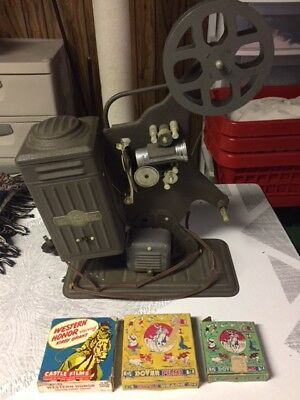 Vintage Keystone Moviegraph 16 MM Movie Projector Model E-743 in original box!