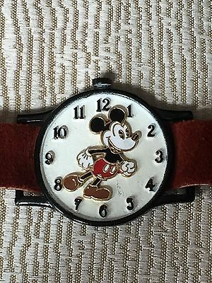 Vintage Walt Disney Mickey Mouse Brown Suede Kids Play Watch Bracelet