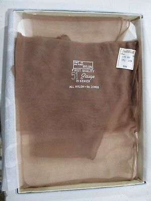 1Pr Vintage Unbranded Seamed Full Fashion Sheer Nylon Stockings 10 1/2 Med Beige