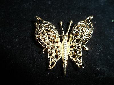 Monet Signed Pin Brooch 3d Butterfly Wire Gold Tone Polished Vintage Antique