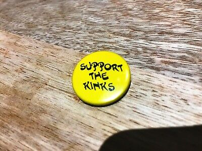 The Kinks-'Support The Kinks' 1970's Vintage Button Badge-Yellow-Metal-New.