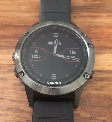 Garmin Fenix 5 Multisport GPS Watch Excellent Condition