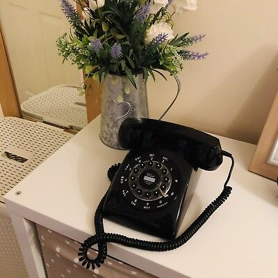 Retro Looking Telephone Black Rotary Style
