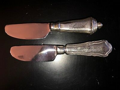 NWOB Pottery Barn *ANTIQUE SILVER SENTIMENT BUTTER KNIVES* Spread/Smooth (2)