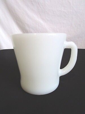 Vintage Anchor Hocking FIre King White Milk Glass D Handle Coffee Mug Cup