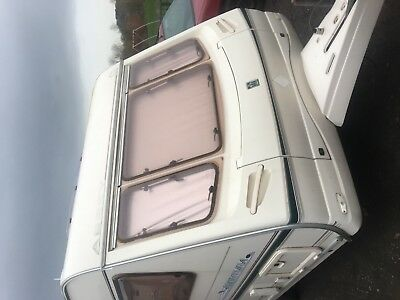 Abbey Aventura 312 Touring Caravan Year 2001 Ideal Starter Van With Awning !!