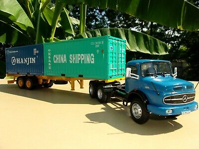 n° 89  MERCEDES BENZ L 2624 Camion Semi Remorque Porte Containers  1/43 Neuf