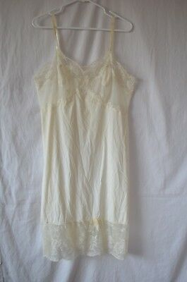 Vintage 1950's Vanity Fair Full Slip Size 38 Lace Lacy Tricot Nylon