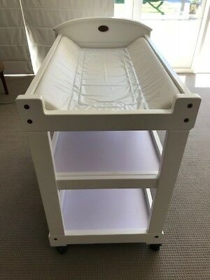 Boori Country Collection White Change Table With Waterproof Change Pad