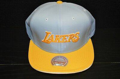 low priced 7ca1a 51776 LOS ANGELES LA LAKERS NBA Basketball Mitchell   Ness Snapback Baseball Hat  NWT