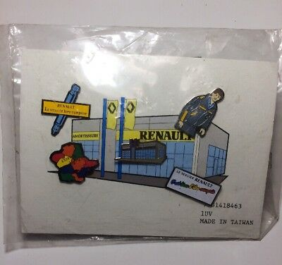 Lot 5 PINS RENAULT