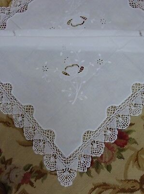 Gorgeous Art Deco Lace Edged Table Centre Tablecloth Mat Linen Crochet