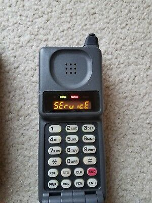 Motorola MicroTac Flip Phone with both OverNight and 12v chargers