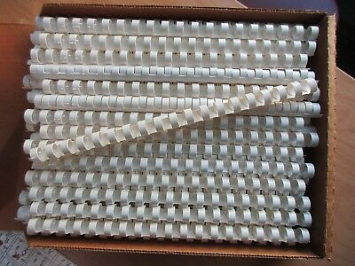 100 Plastic Comb Binding Spines (19 ring) 1/2 inch 85 sheet capacity White color