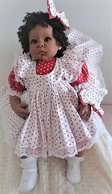 Large Collectable Lee Middleton Dark Doll, 60 Cm, Soft Body