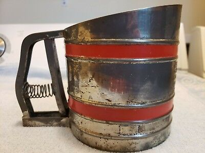 VINTAGE Sift Chine flour sifter Red Band USA
